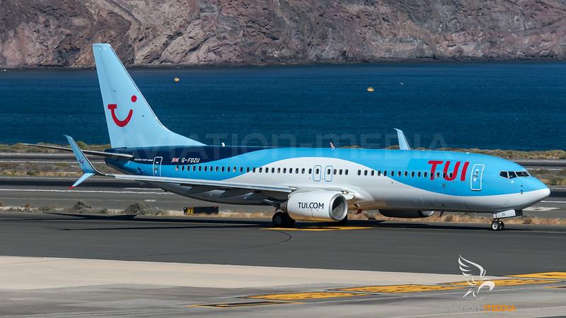 TUI Airways / Boeing B737-8K5 / G-FDZU