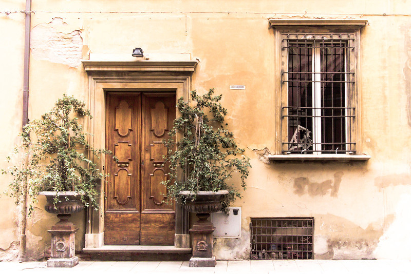 Bologna door.jpg