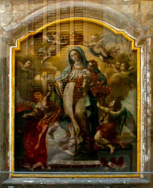 081011 005 They love them some Mary BARI ITALY.jpg
