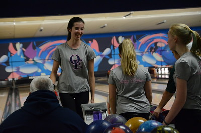 OE Girls Bowling Vs Plainfield Central 2016/17