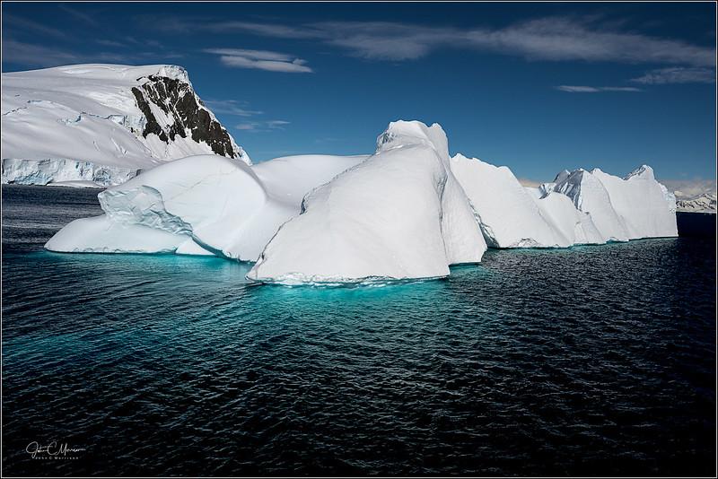 JZ7_8357 Iceberg Green Water LPr1W.jpg