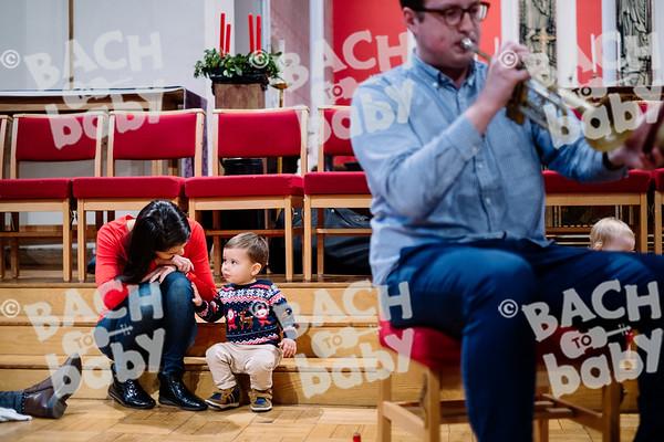 © Bach to Baby 2019_Alejandro Tamagno_Docklands_2019-12-11 009.jpg