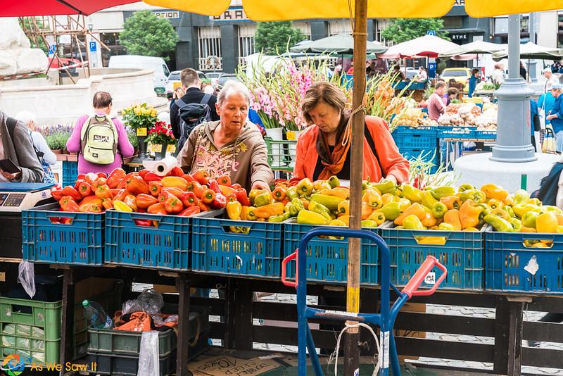 Cabbage-Market-04311.jpg