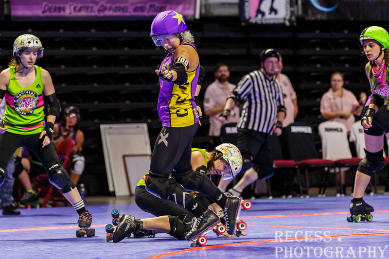 WFTDA 2017 Championships - Game 1 - Montreal vs Crime City ©Keith Bielat