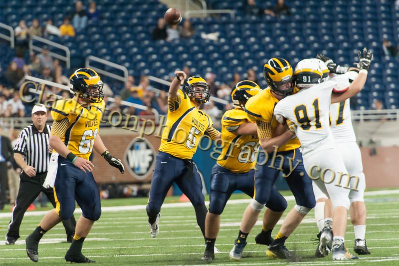 2014 Clarkston Varsity Football vs. Saline 189.jpg
