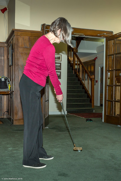 20181001 Gaye putting at RWGC _JM_5346.jpg