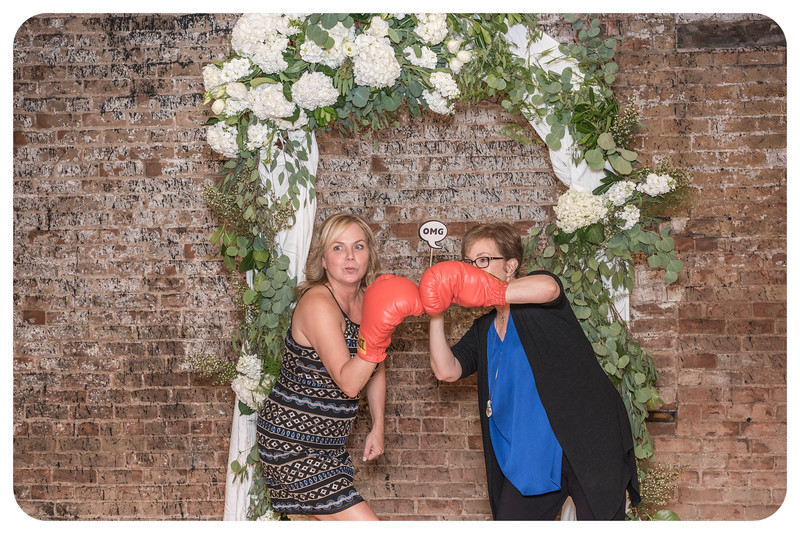 Laren&Bob-Wedding-Photobooth-126.jpg