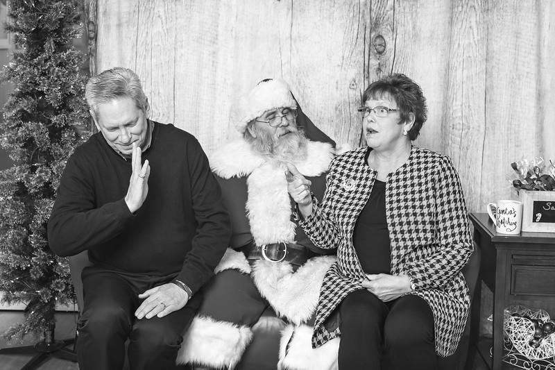 Ameriprise-Santa-Visit-181202-4900-BW.jpg