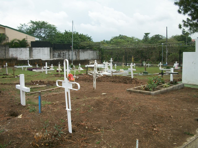 EscazuCentro_Cemetery2Sticks.jpg