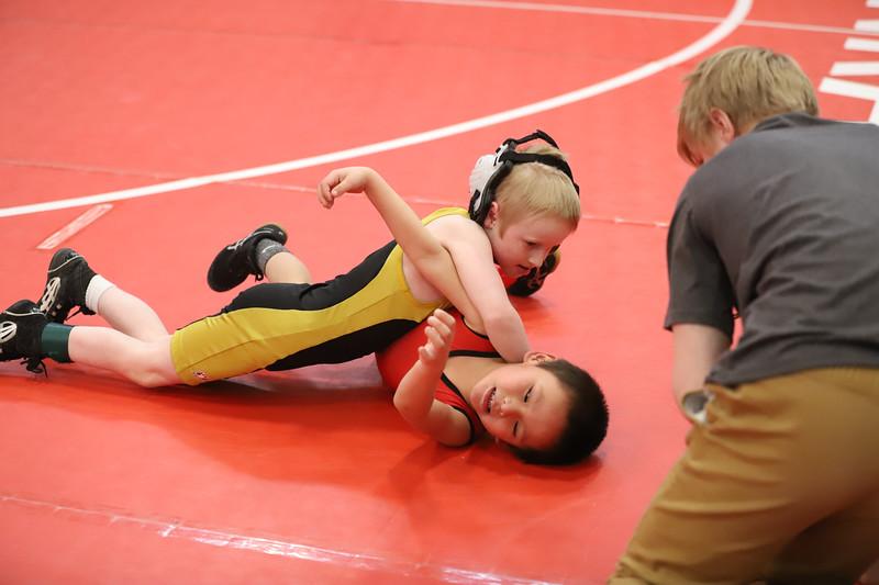Little Guy Wrestling_5035.jpg