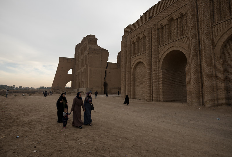 Ctesiphon was an ancient city located on the eastern bank of Tigris. The archway is the last remaining structure and was once a part of the royal palace in Ctesiphon and is estimated to date between the 3rd and 6th centuries AD.