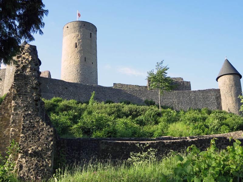 Nurburgring Nurburg Castle 02.jpg