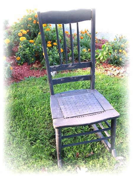 028 chair.JPG