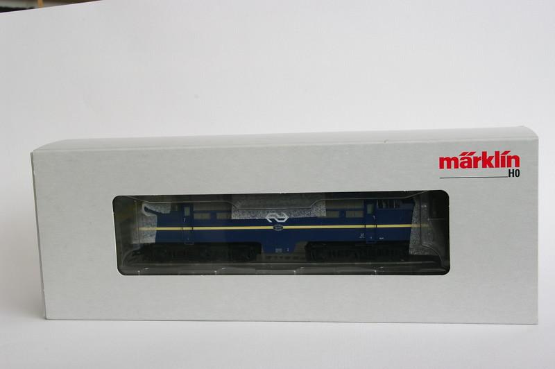 37121.1 NS 1206 Berlijns Blauw met logo 2.jpg