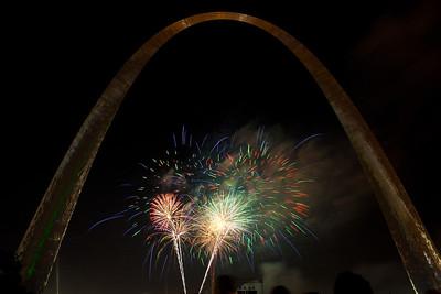 Fireworks display St Louis 2011