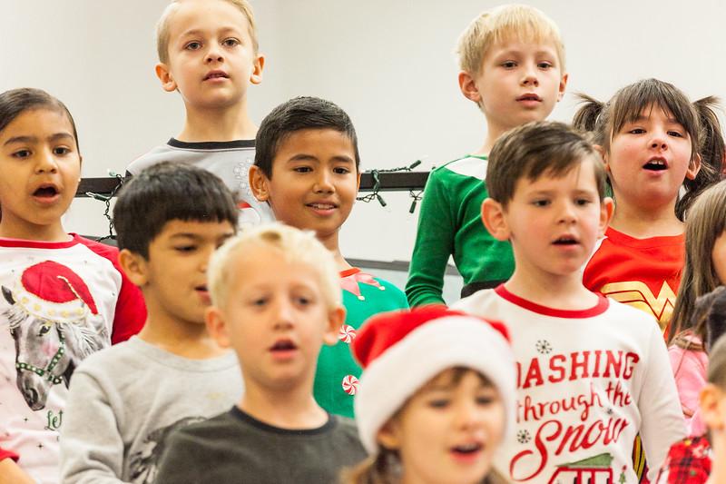 Christmas First Grade-17.jpg