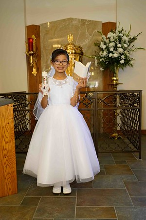 Victoria Alelesandrya Reyna First Communion