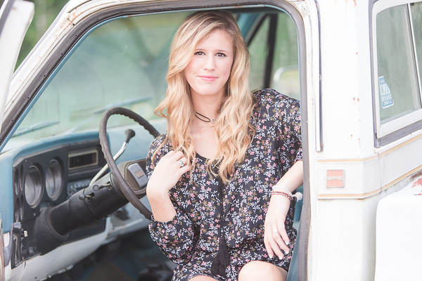 Brooke Briley | Senior Session | Pee Dee Academy