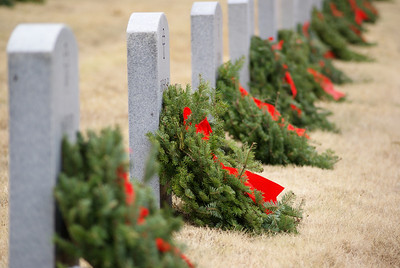 Wreaths Across America 2010