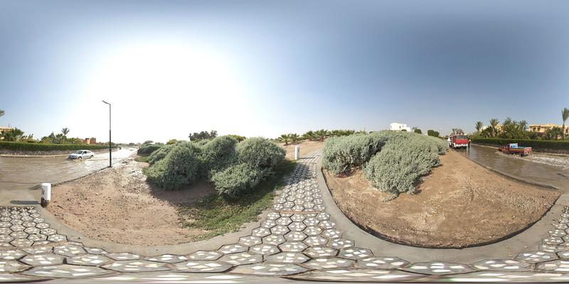 aqua006 Panorama_sphere.jpg
