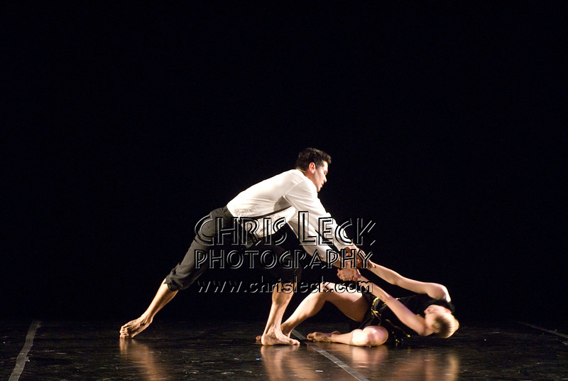'Suite No. 3'performed by Agnieszka Laska Dancers and Justin Kagan (cello). Music by Ernest Bloch, choreography by Agnieszka Laska. Bach to Bloch -- Portland Mini-Fest, International de Danse.