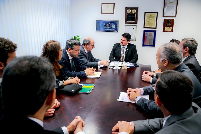 Representantes FRENTAS_Senador Marcos do Val_Foto Felipe Menezes_02.jpg