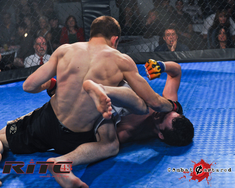 RITC43 B09 - Spencer Rohovie def Jordan Knippelberg_combatcaptured_WM-0009.jpg