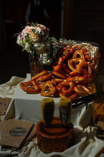 normandyfarm.wedding.sneakpeek.regangreg-53.jpg