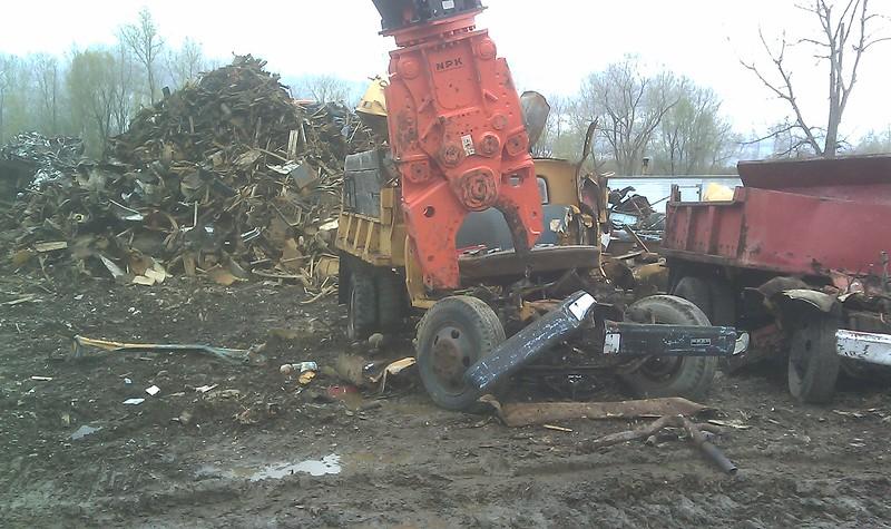 NPK M35K demolition shear on Doosan excavator-C&D recycling (15).jpg