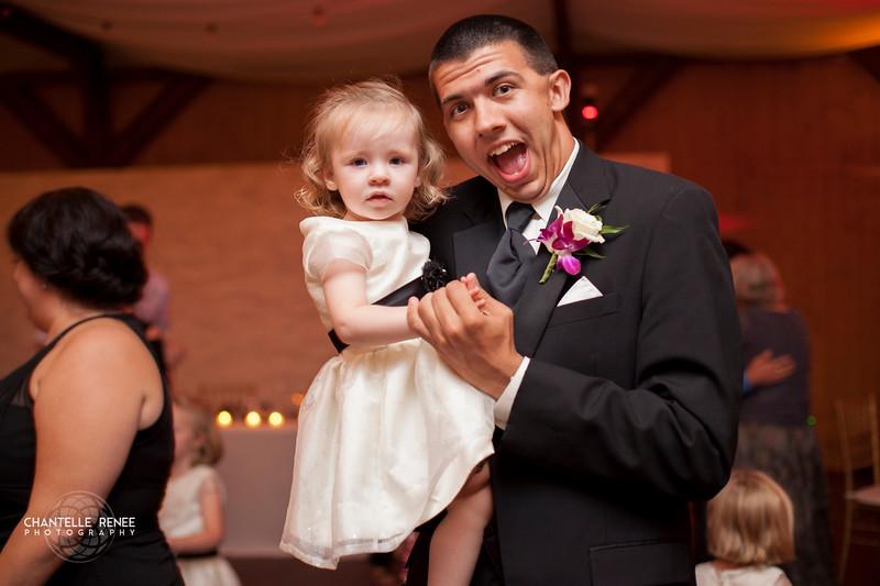 CRPhoto-White-Wedding-Social-570.jpg