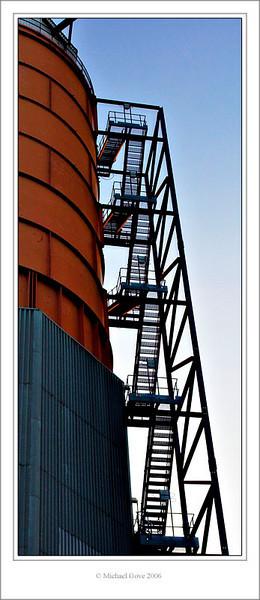 Silo Ladder Avonmouth Bristol (61965112).jpg