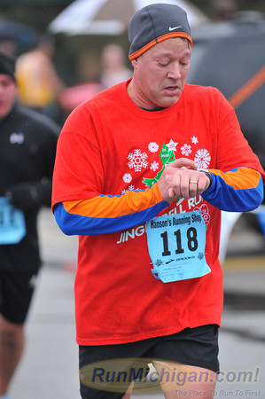 Featured - 2012 Shelby Twp. Jingle Bell Run