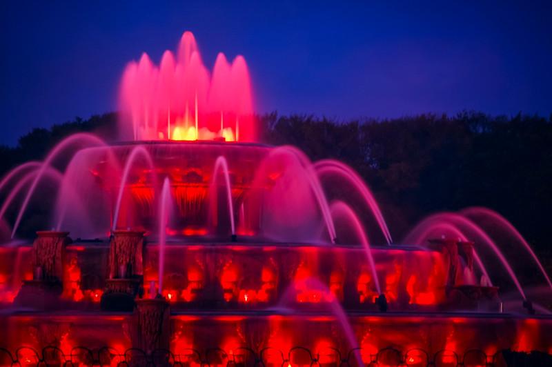 Buckingham Fountain 2004-4.jpg