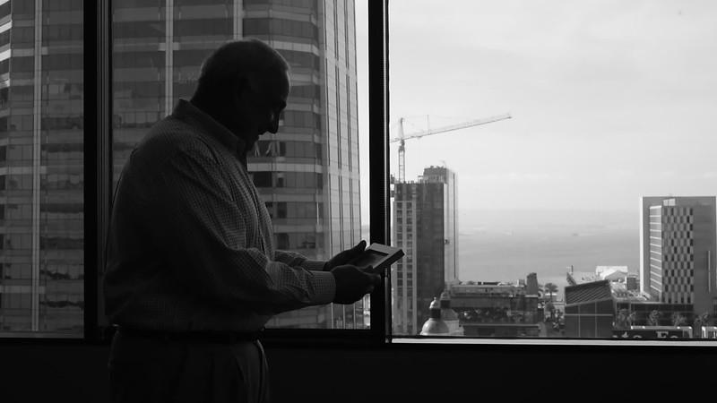 Jerry Window 02.MOV