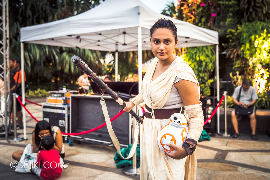 Gardens by the Bay - Star Wars Day 2017 - Rey cosplayer