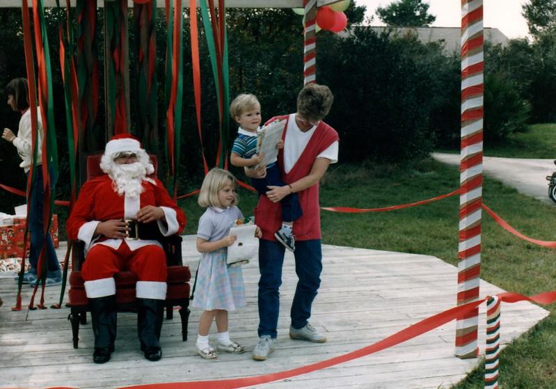 1985_December_Longwood_Christmas_0041_a.jpg