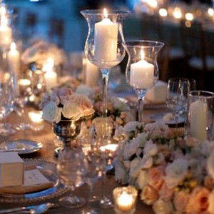 28226 Crystal vase with candle