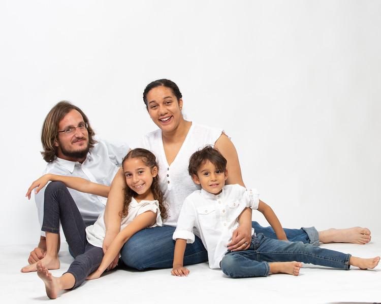 Chantelle&FamilyMark_Blu-160.jpg