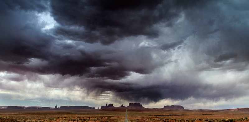dowmpor at monument valley.jpg