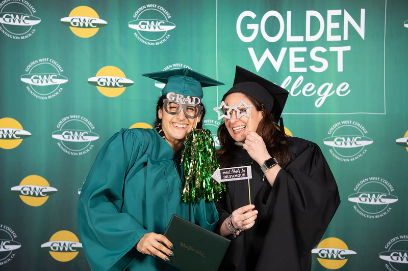 Graduation-Fest-2019-5883.jpg
