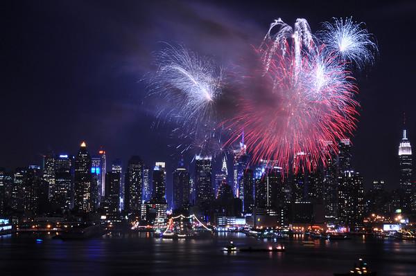 05.23.12 - Fleetweek Fireworks.