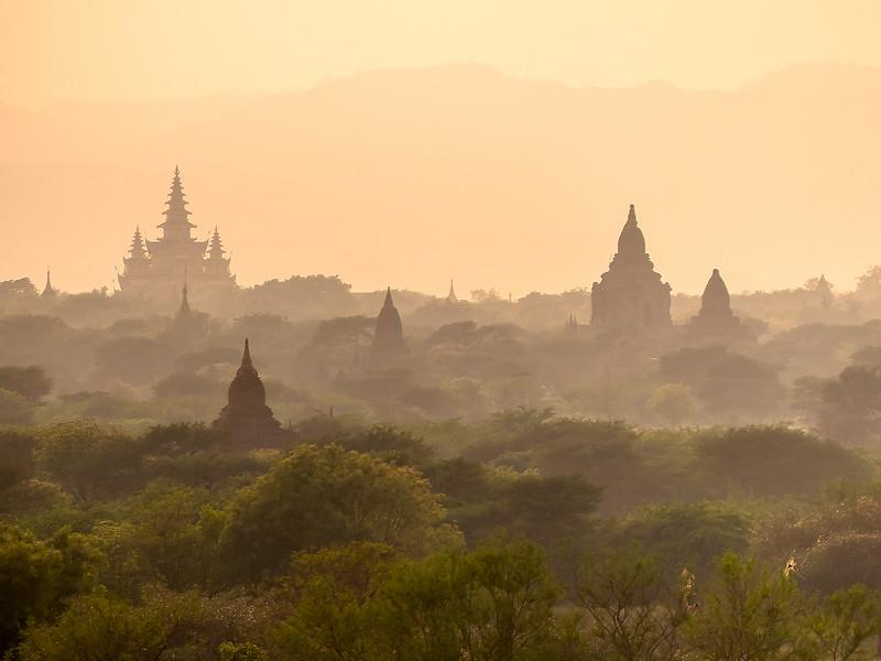 Myanmar Bagan Temples_P1170742.jpg