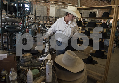 atwood-hat-company-in-frankston-focuses-on-cowboys-comfort