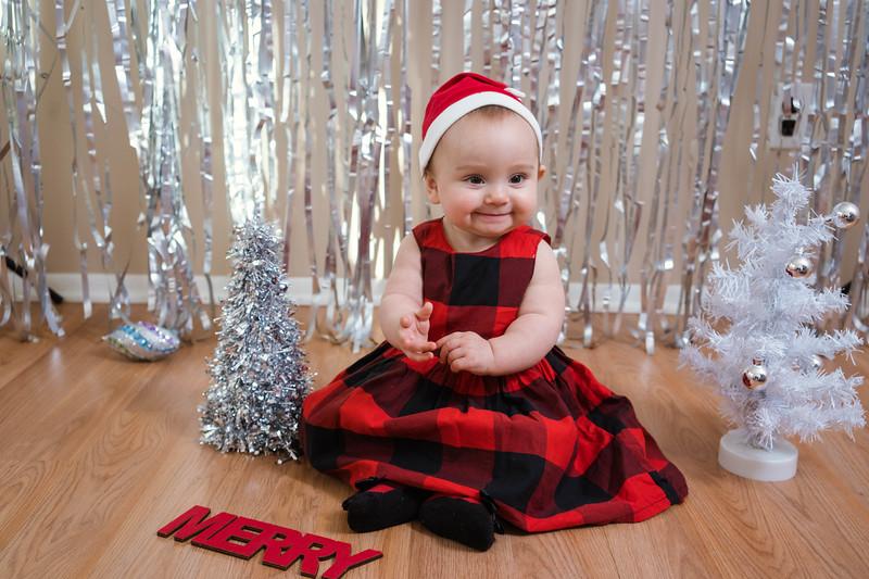 Aubreys1stchristmas-18.jpg