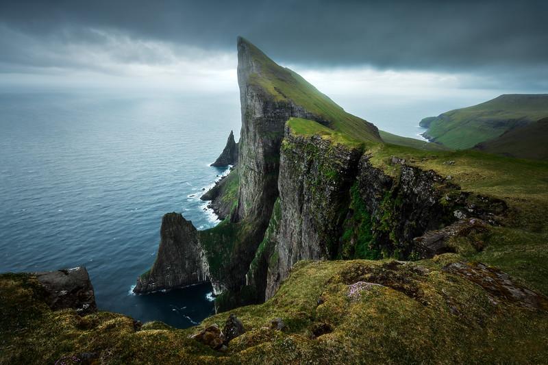 Mýlingur horizontal faroe islands streymoy mountain tjørnuvik.jpg