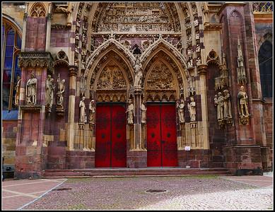 Thann: Collégiale Saint-Thiébaut  (Alsace)