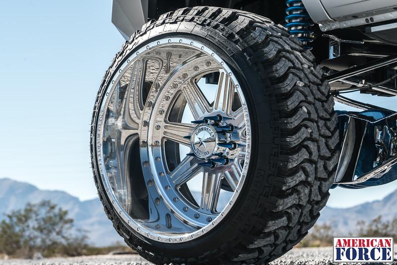 Ridin'-High-Silver-Dodge-Ram-161105-DSC02856-62.jpg