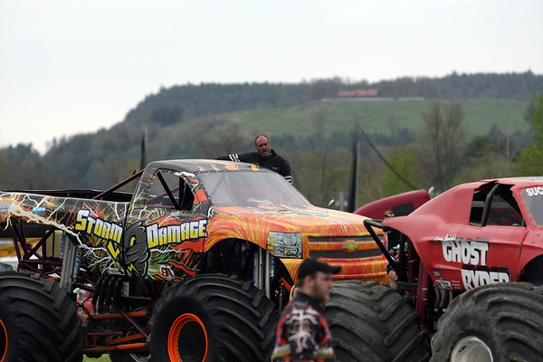 Monster Trucks 05-01-10