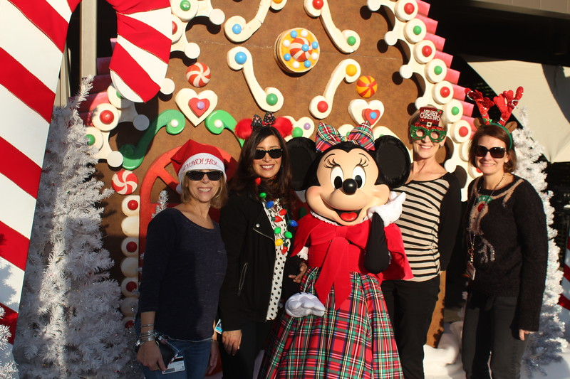 Walt_Disney_Imagineering_Holiday_2017_Individuals_ (43).JPG