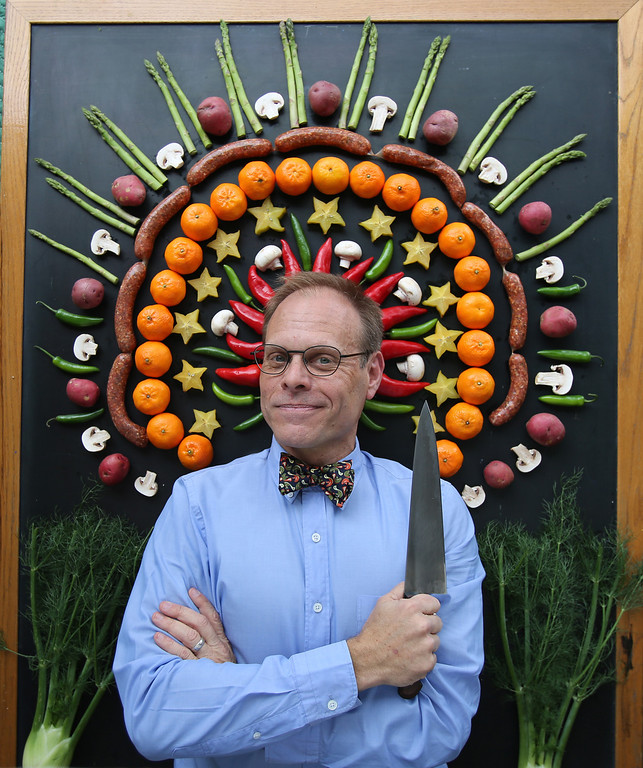 . TV chef and chemistry of cooking expert Alton Brown will appear in a live show at the Fox Theatre in Detroit on Saturday, Nov. 2.